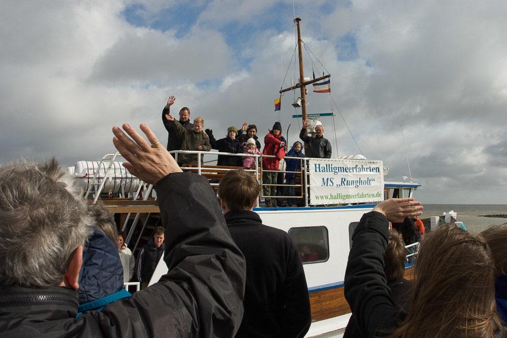 DE, DE-SH, NF, SH, clouds, deutschland, east jetty, foreshore, frühling, germany, groede2007, gröde, hallig, hallig gröde, halligen, himmel, holm, jahreszeit, jahreszeiten, leute, maritime, meer, menschen, nordfriesland, nordsee, north frisia, north sea, ostanleger, ostbrücke, people, reise, schiff, schiffe, schleswig-holstein, sea, seascape, season, seasons, see, ship, ships, sky, spring, travel, wadden, wasser, water, watt, wolken, world