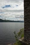 GB, SCO, SCT, UK, braun, brown, clouds, color, colors, farbe, farben, favs-sb, grau, gray, great britain, grey, highland, himmel, inverness-shire, jahreszeit, jahreszeiten, landscape, landschaft, loch, loch ness, mauer, mauern, reise, ruin, ruine, ruinen, ruins, schottland, scotland, scotland2007, season, seasons, sky, sommer, summer, travel, united kingdom, urquhart castle, wall, walls, wand, wasser, water, week1-brodie, weiß, white, wolken, world, wände