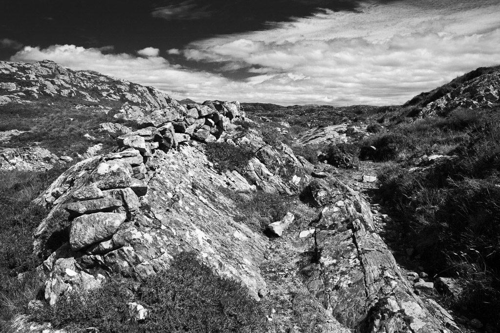 GB, SCO, SCT, UK, assynt, berge, clouds, favs-mj, felsen, filter, filter-pol, fotografie, great britain, highland, hills, himmel, jahreszeit, jahreszeiten, landscape, landschaft, mauer, mauern, mountains, photography, phototech, reise, rocks, schottland, scotland, scotland2007, season, seasons, sky, sommer, steine, stoer, stones, summer, sutherland, travel, united kingdom, wall, walls, wand, week2-stoer, wolken, world, wände