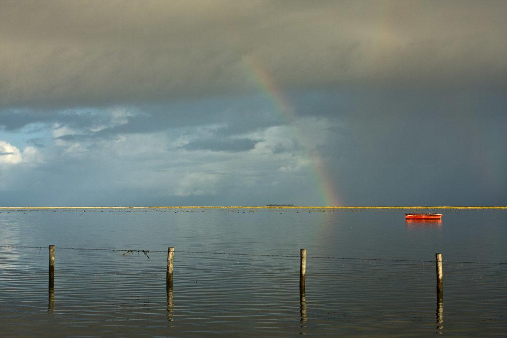 DE, DE-SH, NF, SH, boat, boats, boot, boote, clouds, deutschland, fence, flooding, germany, gröde, gröde2008, hallig, hallig gröde, halligen, himmel, holm, landunter, maritime, nordfriesland, north frisia, rainbow, regenbogen, reise, schiff, schiffe, schleswig-holstein, ship, ships, sky, travel, wolken, world, überflutung
