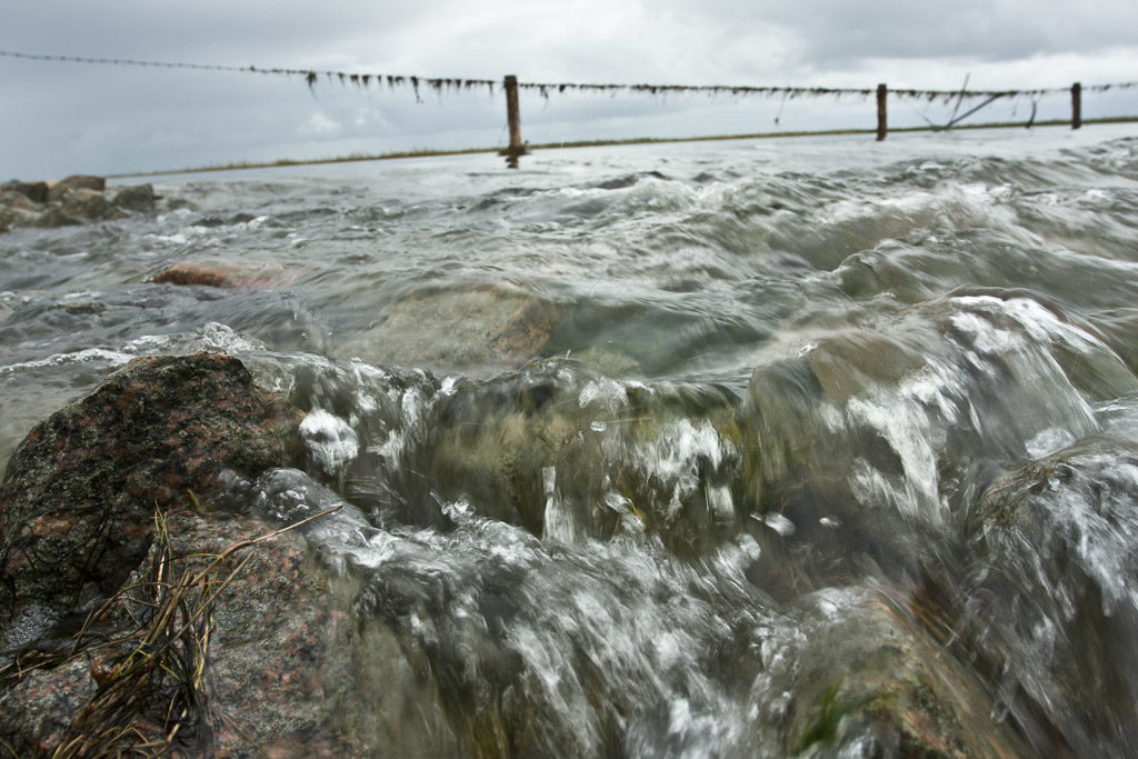 DE, DE-SH, NF, SH, appelland, current, deutschland, fence, fließendes wasser, flooding, flowing water, germany, gröde, gröde2008, hafen, hallig, hallig gröde, halligen, harbor, harbour, holm, landunter, maritime, nordfriesland, north frisia, reise, schleswig-holstein, strömung, travel, wasser, water, world, überflutung