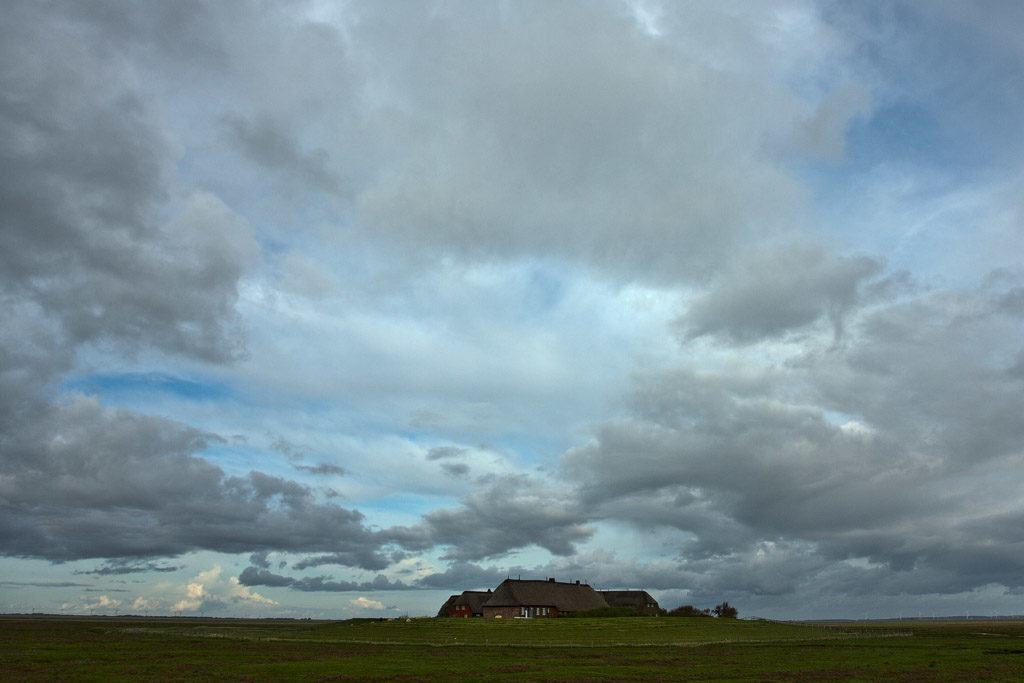 DE, DE-SH, NF, SH, clouds, deutschland, germany, gröde, gröde2008, hallig, hallig gröde, halligen, himmel, holm, kirchwarft, knudswarft, marshes, nordfriesland, north frisia, reise, salt marshes, salzwiesen, schleswig-holstein, sky, travel, wolken, world