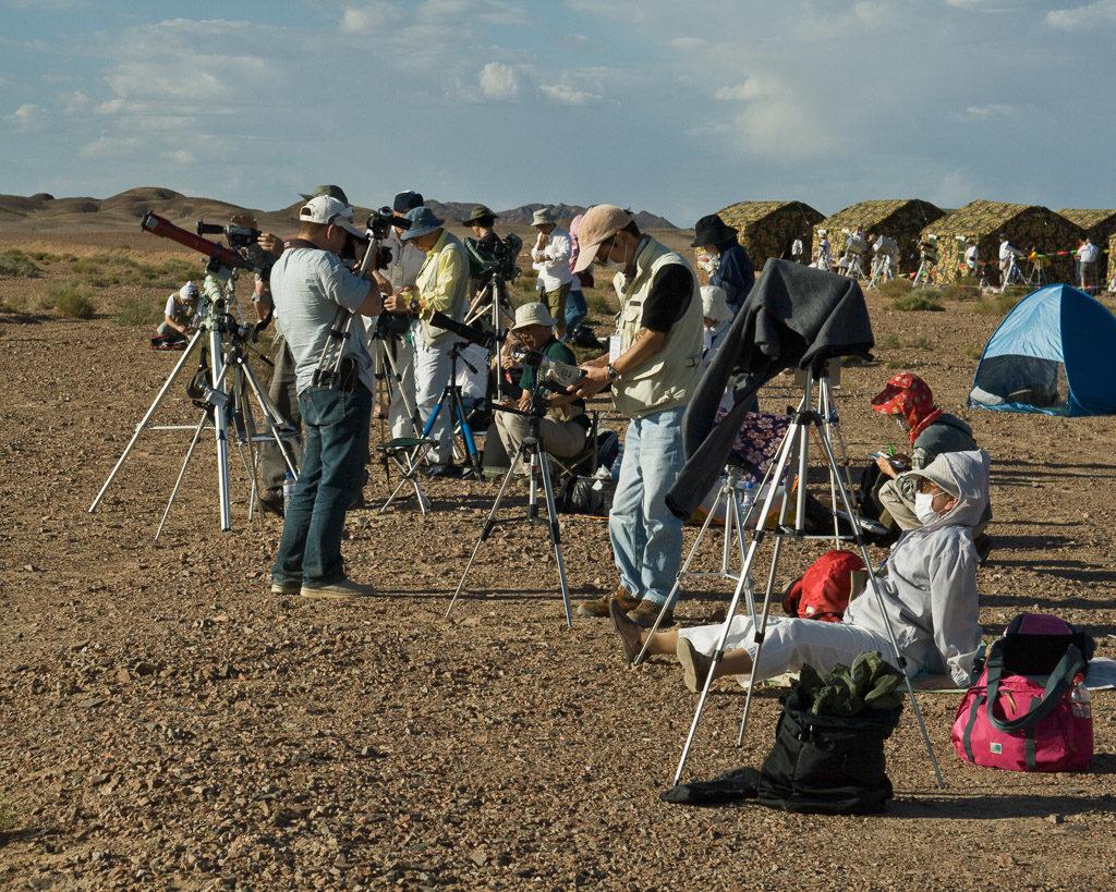 2008, CN, astrofotografie, astronomie, astronomy, astrophotography, badanjilin sand desert, badanjilin sandwüste, by-sb, china, china2008, desert, eclipse, eclipse city camp, ereignisse, events, finsternis, gansu, jinta, jinta xian, leute, menschen, people, reise, solar eclipse, solar-eclipse-2008-08-01, solar-eclipse-2008-aug-01, sonnenfinsternis, tourist, touristen, tourists, travel, world, wüste, zhongguo, 中国, 中國, 甘肃, 金塔县