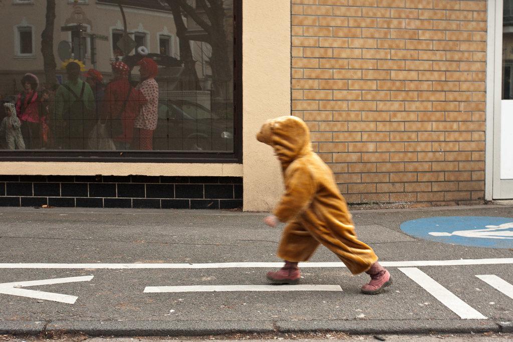 DE, DE-NW, K, NRW, carnival, carnival parade, carnival procession, carnival tuesday, cologne, dellbrück, dellbrücker zoch, dellbrücker zug, deutschland, ereignisse, events, faschingsdienstag, fastelovend, fastnacht, germany, karneval, karnevalsdiensdaach, karnevalsdienstag, karnevalsumzug, köln, nordrhein-westfalen, northrhine-westfalia, parade, procession, shrove tuesday, stadtbezirk 9 - mülheim, umzug, veilchendienstag, world