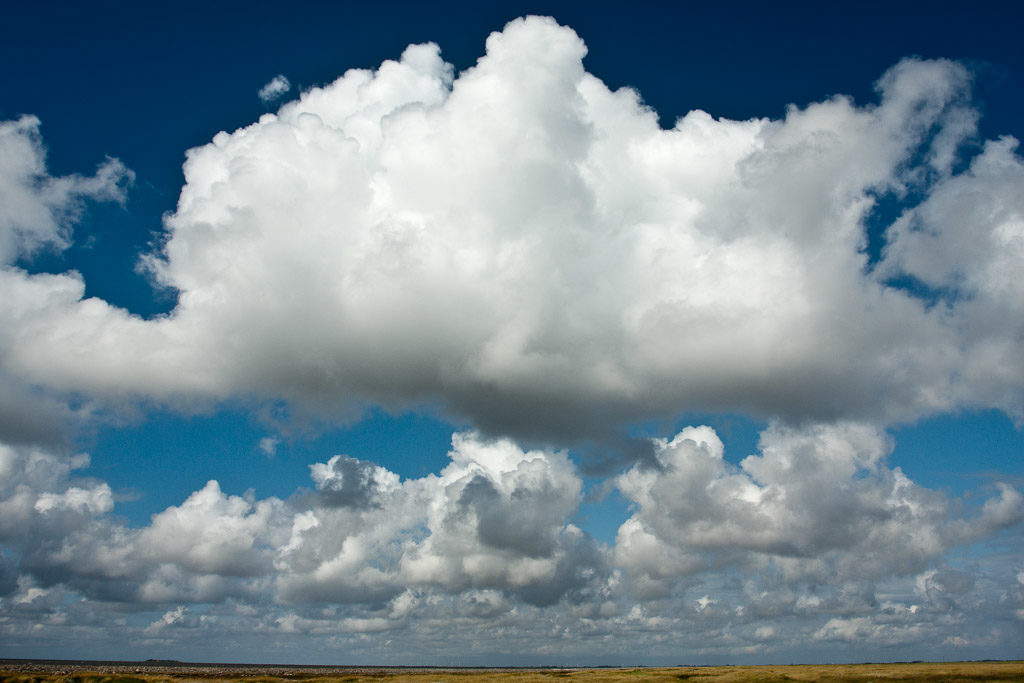 DE, DE-SH, NF, SH, blau, blue, clouds, cloudscape, color, colors, deutschland, farbe, farben, germany, groede2009, gröde, hallig, hallig gröde, halligen, himmel, holm, jahreszeit, jahreszeiten, nordfriesland, north frisia, reise, schleswig-holstein, season, seasons, sky, sommer, summer, travel, wolken, wolkenlandschaft, world