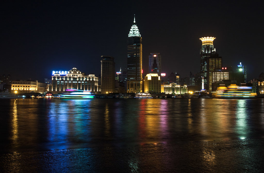 CN, beleuchtung, bund, china, china2009, city lights, illumination, lichter, lichter der stadt, lights, maritime, nacht, night, reise, schiff, schiffe, shanghai, ship, ships, skyline, the bund, travel, world, wàitān, zhongguo, 上海, 中国, 中國, 外滩, 外灘