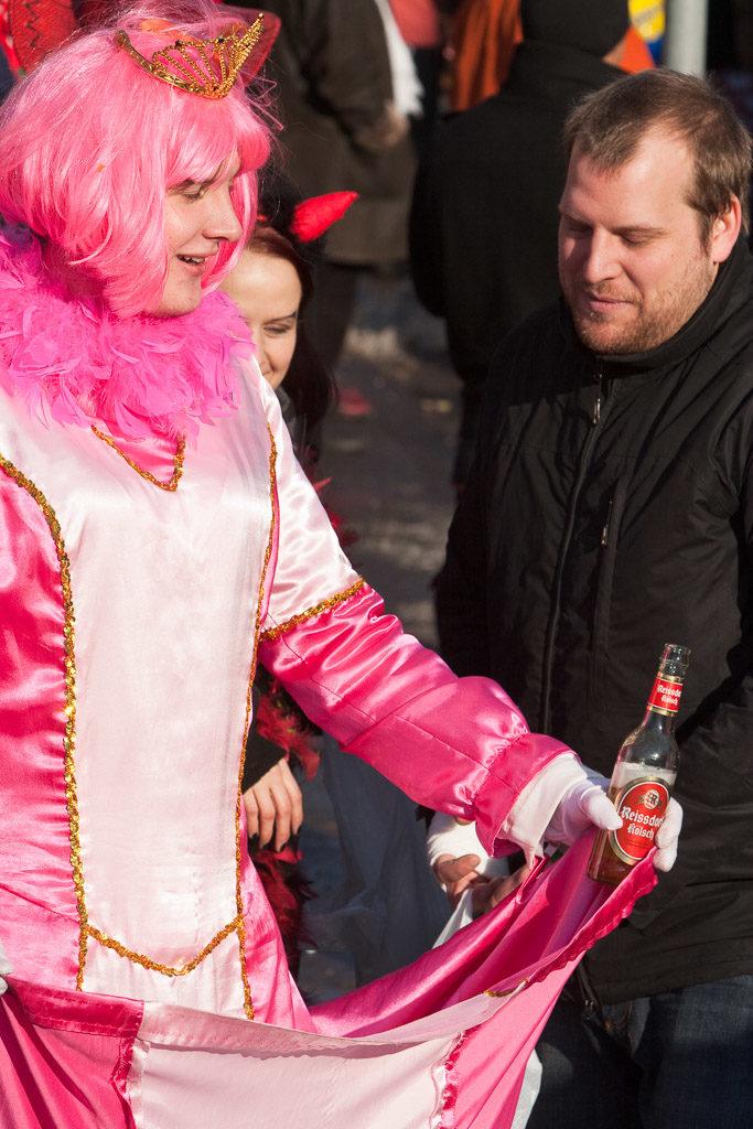 2010, DE, DE-NW, K, NRW, carnival, carnival parade, carnival procession, carnival tuesday, cologne, dellbrück, dellbrücker zoch, dellbrücker zug, deutschland, ereignisse, events, faschingsdienstag, fastelovend, fastnacht, germany, jahreszeit, jahreszeiten, karneval, karnevalsdiensdaach, karnevalsdienstag, karnevalsumzug, köln, nordrhein-westfalen, northrhine-westfalia, parade, procession, season, seasons, shrove tuesday, stadtbezirk 9 - mülheim, umzug, veilchendienstag, winter, world