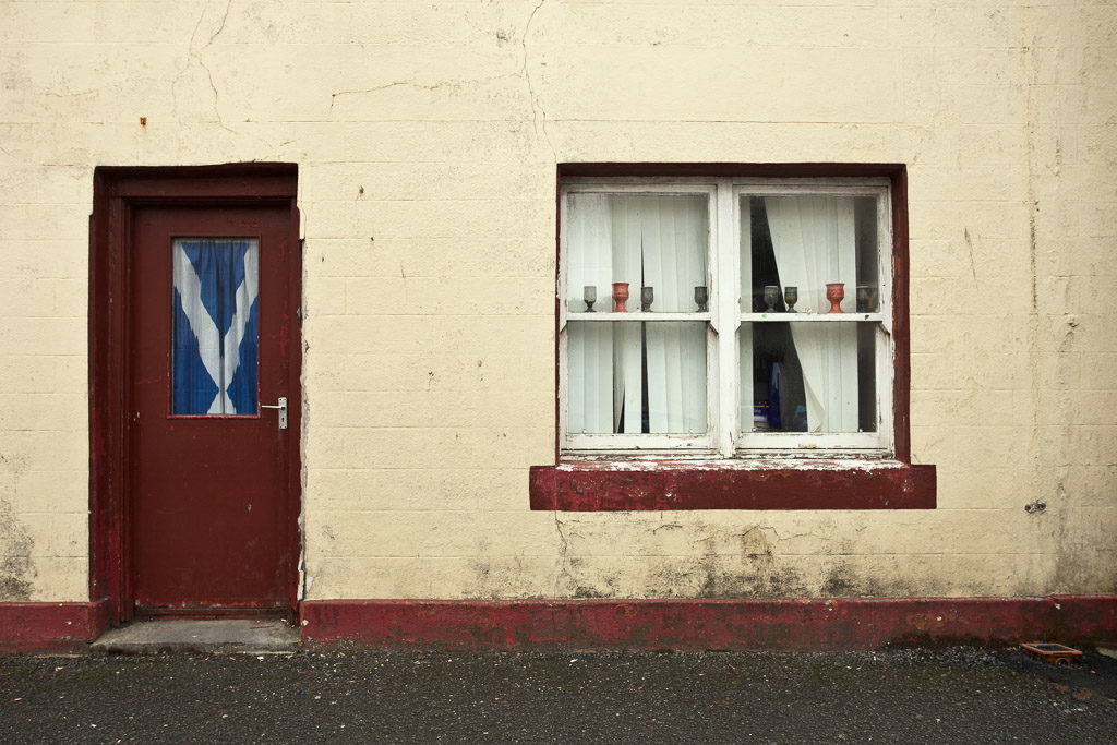 GB, SCO, SCT, UK, argyll, argyll and bute, bowmore, door, doors, fenster, great britain, islay, mauer, mauern, reise, schottland, scotland, scotland2010, strathclyde, travel, tür, türen, united kingdom, wall, walls, wand, windows, world, wände