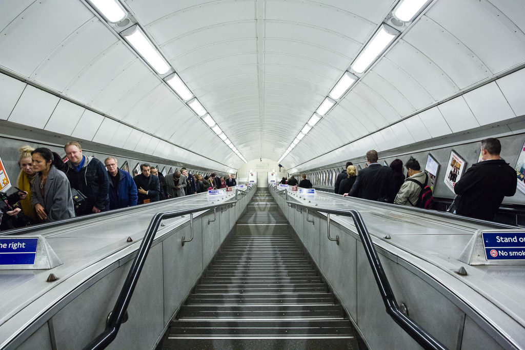 ENG, GB, UK, buildings, england, escalator, escalators, gebäude, great britain, greater london, leute, london, london underground, marble arch, menschen, people, rolltreppe, rolltreppen, staircase, transport for london, tube, underground, united kingdom, world