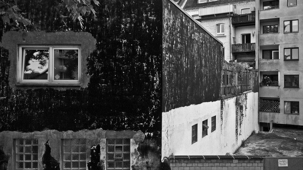 DE, DE-NW, K, NRW, altstadt, b&w, backyard, black and white, buildings, bw, city, cityscape, cologne, deutschland, fotografie, gebäude, germany, innenstadt, inner city, jahreszeit, jahreszeiten, köln, nordrhein-westfalen, northrhine-westfalia, old town, photography, schwarzweiß, season, seasons, sommer, stadt, stadtbezirk 1 - innenstadt, stadtbild, stadtlandschaft, städtisch, summer, sw, urban, vhs, workshop, world