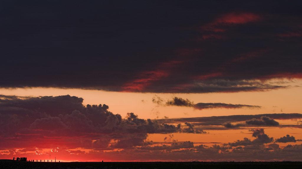 DE, DE-SH, NF, SH, clouds, deutschland, germany, gröde, hallig, hallig gröde, halligen, himmel, holm, jahreszeit, jahreszeiten, landscape, landschaft, natur, nature, nordfriesland, nordsee, north frisia, north sea, reise, rural, schleswig-holstein, season, seasons, sky, sommer, sonne, sonnenuntergang, summer, sun, sunset, travel, wadden sea, warft, wattenmeer, wolken, world