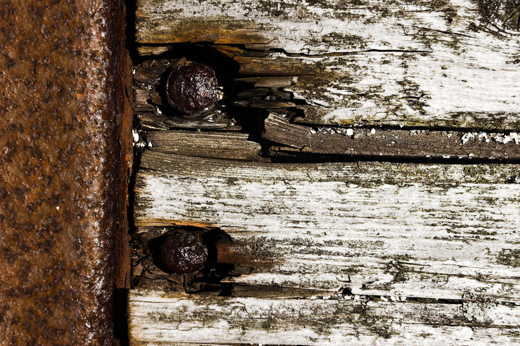 DE, DE-SH, NF, SH, abstract, abstrakt, decay, derelict, deutschland, germany, gröde, hallig, hallig gröde, halligen, holm, jahreszeit, jahreszeiten, materialien, materials, metal, metall, nordfriesland, nordsee, north frisia, north sea, reise, rost, rural, rust, schleswig-holstein, season, seasons, sommer, stoffe, summer, travel, verfall, verkommen, wadden sea, wattenmeer, world