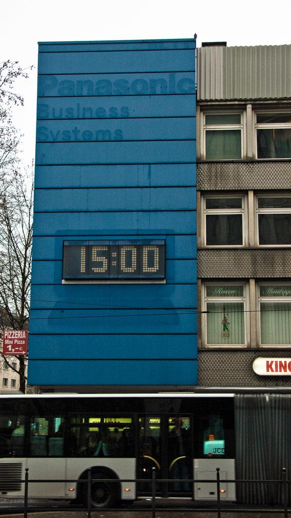 DE, DE-NW, K, NRW, altstadt, buildings, bus, city, cityscape, cologne, deutschland, gebäude, germany, innenstadt, inner city, kvb, köln, kölner plätze, nordrhein-westfalen, northrhine-westfalia, old town, places, public transport, rudolfplatz, stadt, stadtbezirk 1 - innenstadt, stadtbild, stadtlandschaft, städtisch, urban, vhs, workshop, world, öpnv