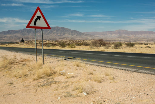 L-std-3:2-height, NA, b2, dinge, erongo, namibia, road, roads, roads of namibia, schild, schilder, sign, sign post, signs, straße, straßen, straßen in namibia, things, traffic, verkehr, world