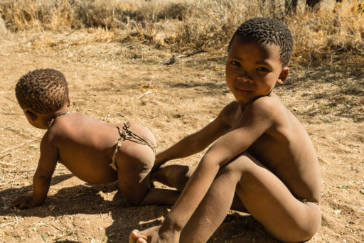 NA, buschleute, bushmen, child, children, cwi cwi san, erindi, erindi private game reserve, erongo, kind, kinder, leute, menschen, namibia, people, san, san people, san village, world