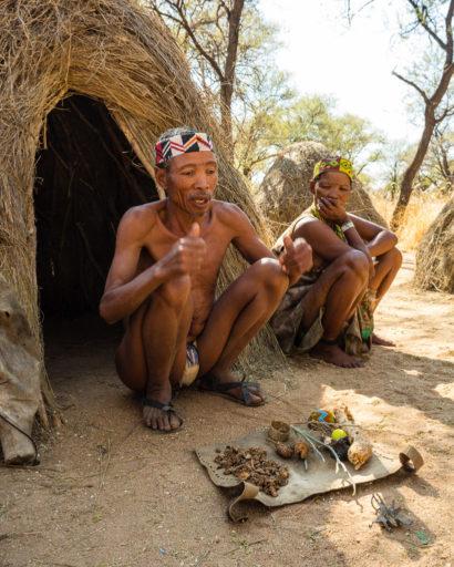 NA, buschleute, bushmen, cwi cwi san, erindi, erindi private game reserve, erongo, leute, menschen, namibia, people, san, san people, san village, world